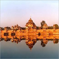 Car Hire for Varndavan Tour